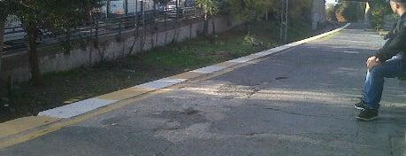 Küçükçekmece Tren İstasyonu is one of Sirkeci - Halkalı Banliyö Tren Hattı.