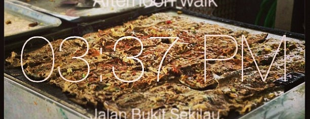Murtabak Mengkasar is one of FoodLovers.