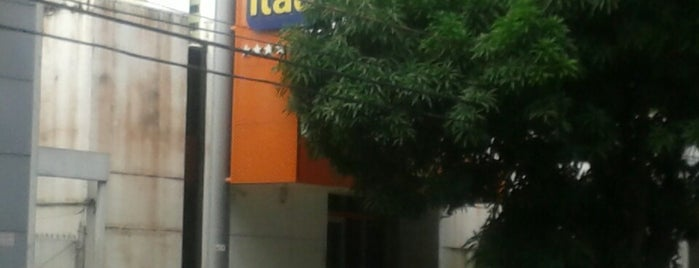 Banco Itaú is one of lista2.