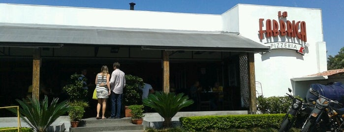 La Fabbrica Pizzería is one of Lista negra malos restaurantes.