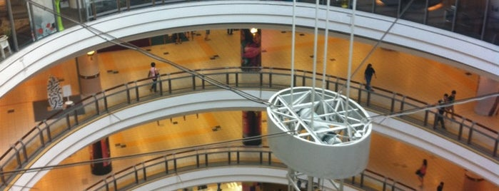 1 Utama Shopping Centre (New Wing) is one of Mall.