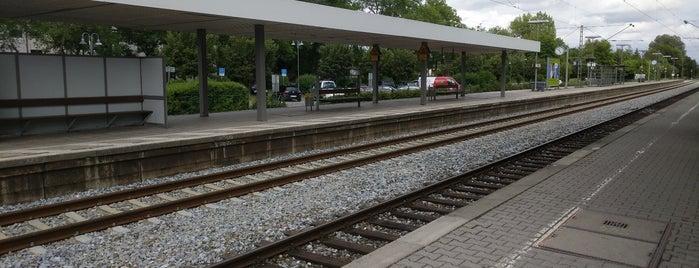 S Puchheim is one of München S-Bahnlinie 4.