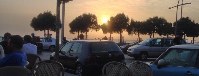Cafe Le Monde is one of WiFi keys @ Thessaloniki (East).