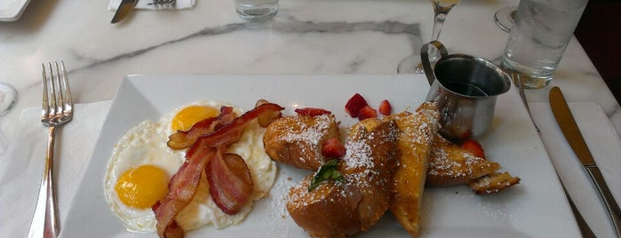Crema Restaurante is one of Latin food and drinks in NYC.