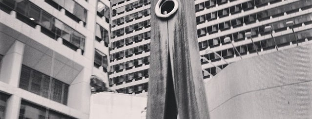 Clothespin Statue is one of Romantic Philadelphia.