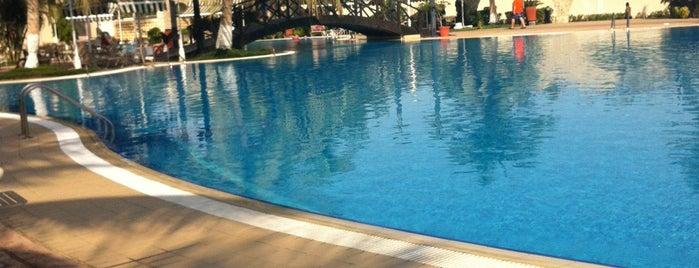 Fal Resort is one of Jeddah.