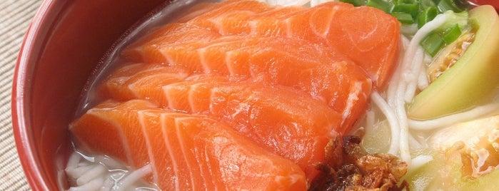 Restoran Soon Soon Lye Salmon Fish Head Noodle is one of Puchong.