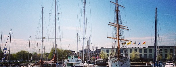Haven Oostende is one of Prive.