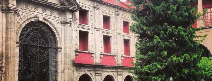 Museo Nacional de las Culturas is one of Museos · Galerías · Centro Cultural.