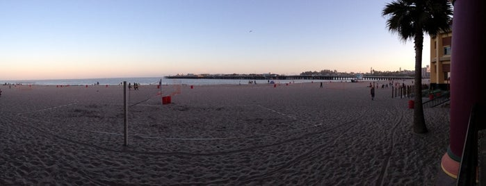 Santa Cruz Beach is one of My favourite beaches in the world.