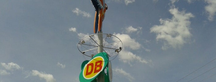 Supermercado DB is one of lugares.