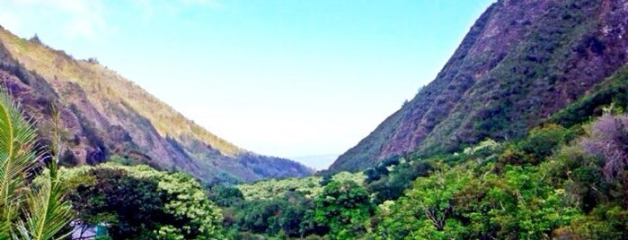 ʻĪao Valley State Park is one of chawaii.