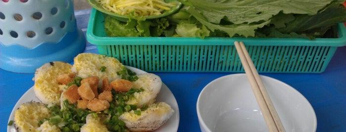 Bánh căn Hai tòn is one of quê hương.