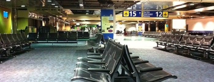 Flughafen Oakland (OAK) is one of World Airports.