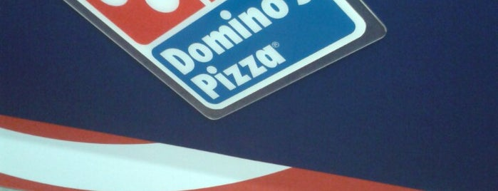 Domino's Pizza is one of Lista jhoncito.