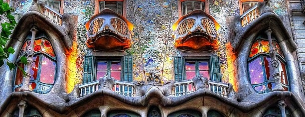 Casa Batlló is one of I love Gaudi.