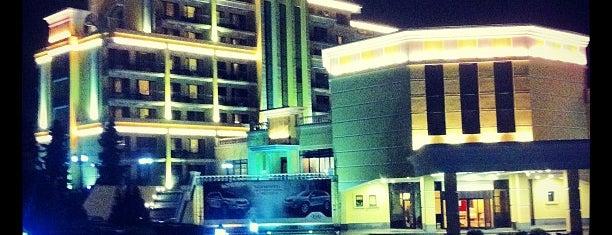 M'Istra'L Hotel is one of Островки зелени и покоя.