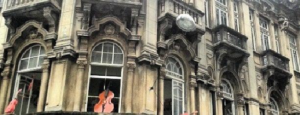 Casa Amadeus Musical is one of Lojas.