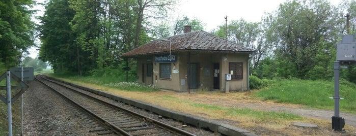 Železniční zastávka Prostřední Lipka is one of Železniční stanice ČR: P (9/14).