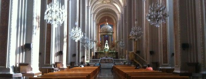 Catedral de Morelia is one of Morelia.