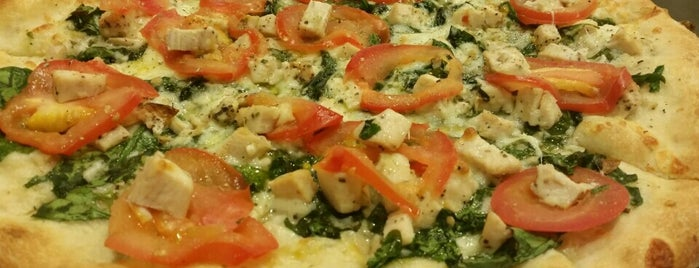 Russo's Pizzeria is one of Dubai Food 6.