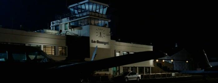 Shoreham (Brighton City) Airport (ESH) is one of The Da Vinci Code (2006).