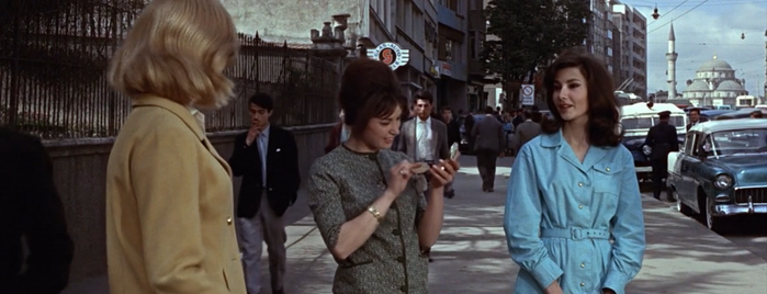 Halaskargazi Caddesi is one of From Russia with Love (1963).