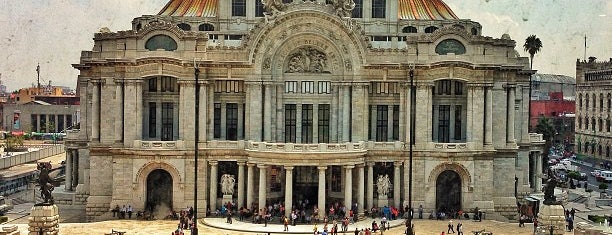 Palacio de Bellas Artes is one of CDMX.