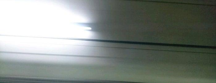けいはんな線 東生駒トンネル is one of 近鉄けいはんな線.