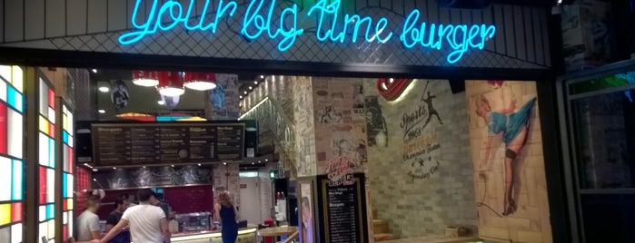 Hot Hot Burger Bar is one of Γιάμς εν Μπάρδς.