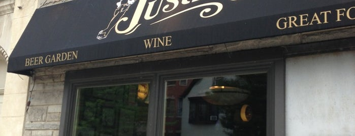 Justin's is one of Chicago Bulls Bars in Chicago.