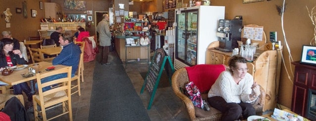 Jitterbug Cafe is one of Oakville/Burlington to-do, eat and visit.