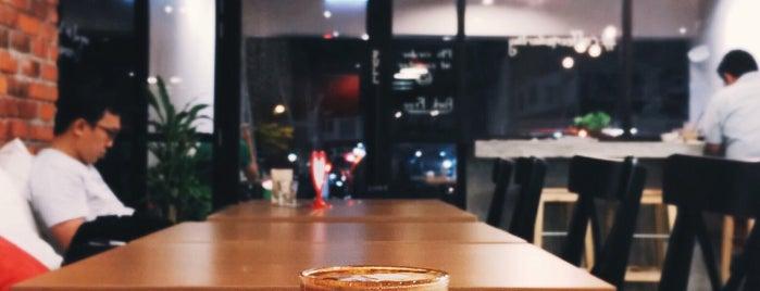 CoffeeMeDarling is one of Coffee@Venture ^.^v.