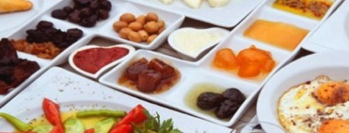 Çiçekliköy Kahvaltı is one of Orhan.