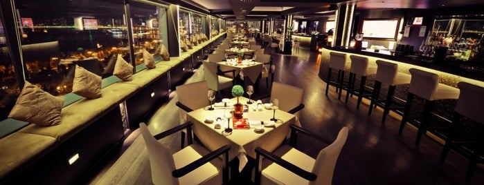 Eleven Restaurant & Lounge is one of Баку.