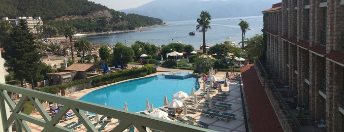 Martı La Perla Hotel is one of Marmaris Otelleri.
