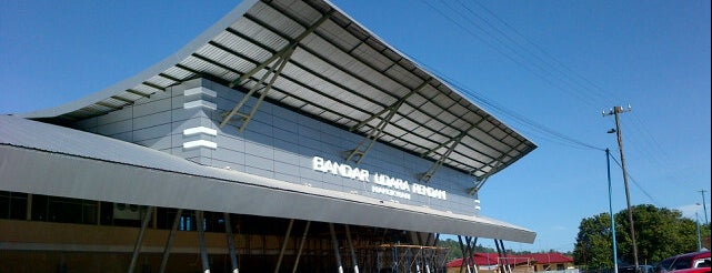 Rendani Airport (MKW) is one of Airport in Indonesia.