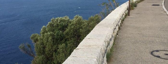 Le Cap De Nice is one of Ницца.