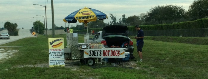 Zoey's Hot Dogs is one of Peewee's Big Ass South Florida Food Adventure!.