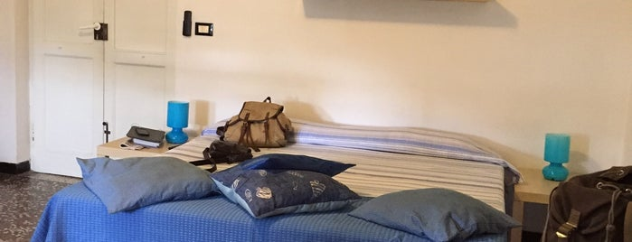 Blue Bed & Breakfast is one of Genova.