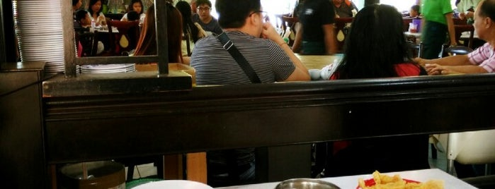 Dai You Bin Restaurant 大优宾点心 is one of Restaurant.