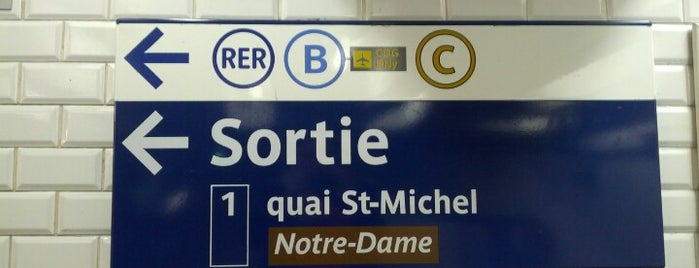 Métro Saint-Michel [4] is one of Stations de metro a Paris.