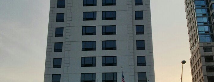DoubleTree by Hilton Hotel & Suites Jersey City is one of My places.