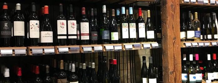 Bortársaság is one of buy something delicious.