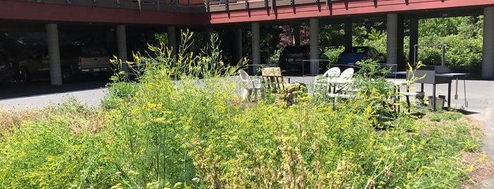 Creekside Inn & Resort is one of Wine Road Picnicking- al Fresco Perfetto!.