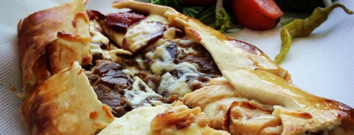 Pizza Pide is one of Bucket.