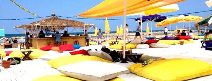 Suma Beach is one of İstanbul'da Yeme-İçme: theMagger Mekanları.