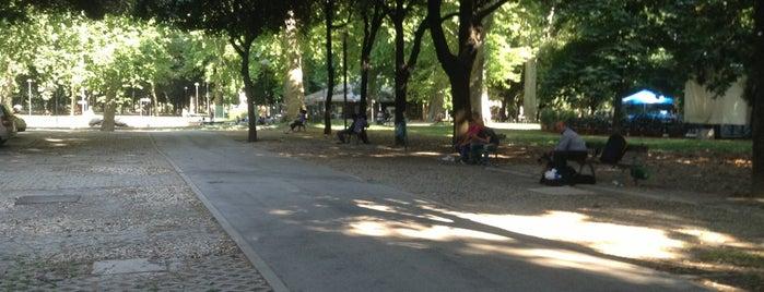 Parco della Montagnola is one of Il verde a Bologna.