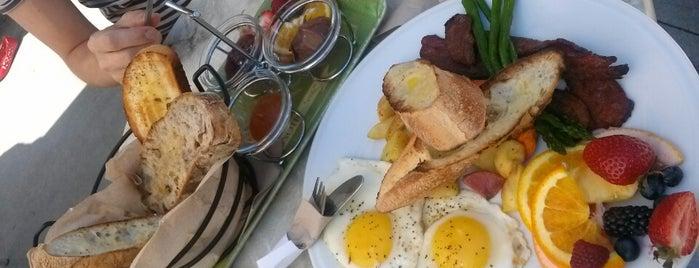 Pane Fresco - Artisan Bakery & Cafe is one of Oakville/Burlington to-do, eat and visit.