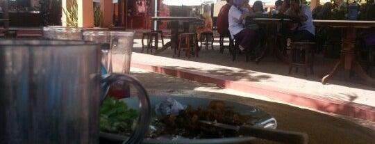 Kafe Harmoni is one of Cafe & Kopitiam.